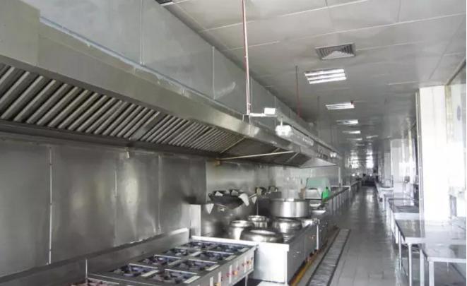 不锈钢厨房设备和面机的安全操作注意事项